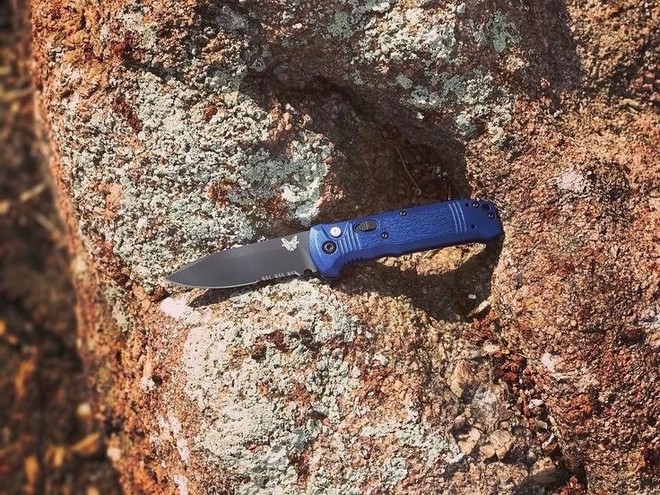 Benchmade - Here's a serrated version of a new model, the 4400SBK-1 Casbah. Thanks Michael, for letting me show her off. #omahanebraska #omaha #foldingknife #benchmade...